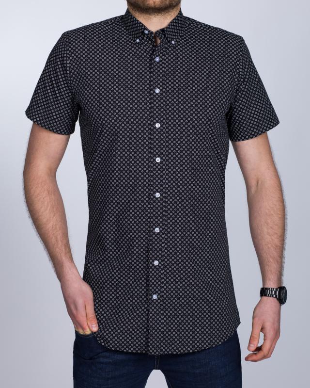 2t Slim Fit Short Sleeve Tall Shirt (black flowers)