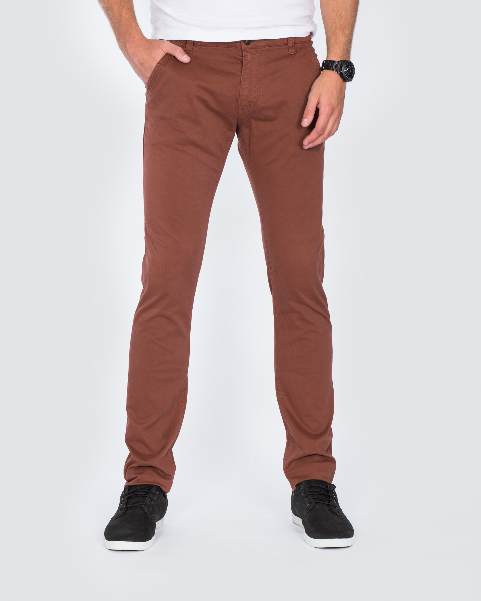 Cub Fox Tapered Fit Tall Chinos (brique)