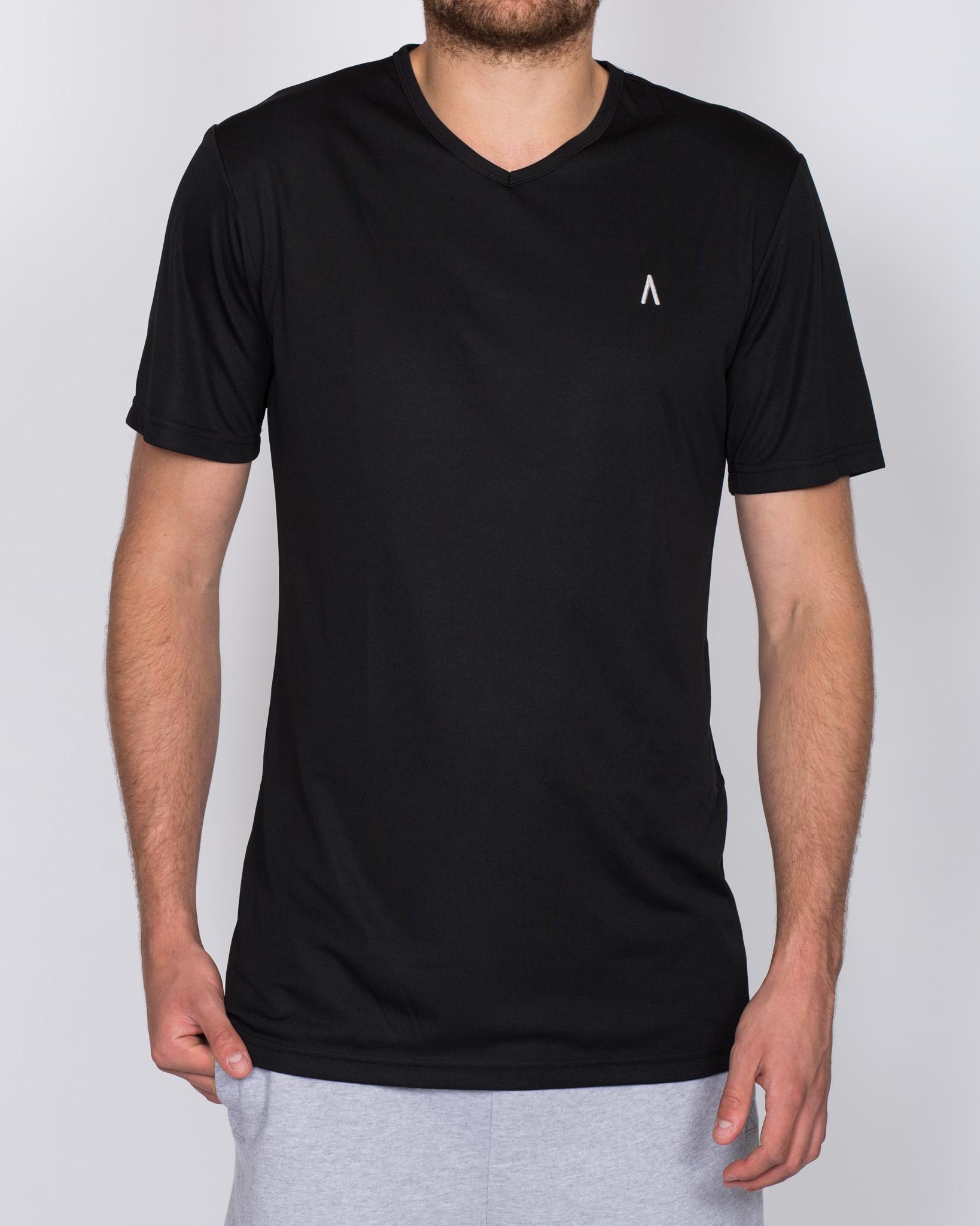 2t V-Neck Training Top (black)