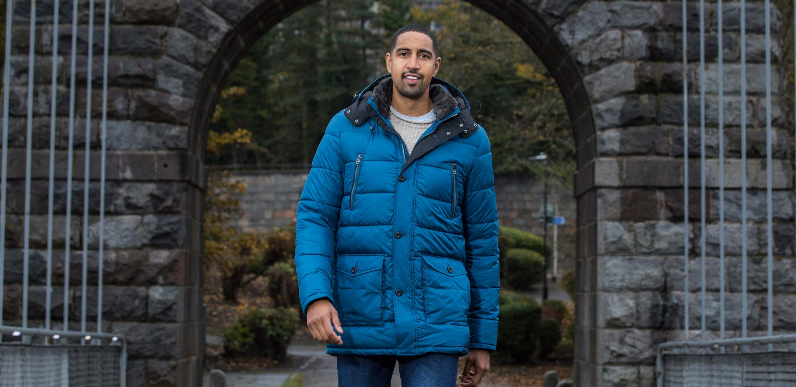 """Model is 6'10""""/208CM wearing size XLT Cabano Tall Quilted Parka Jacket in Royal Blue."""